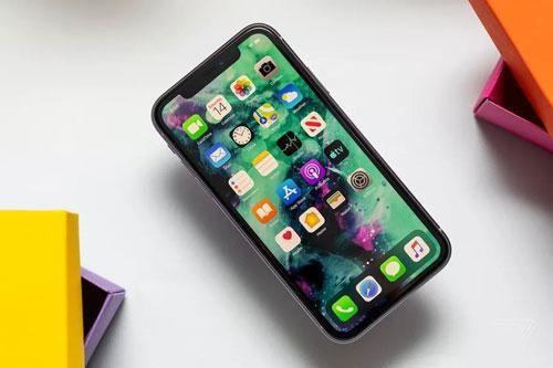 iPhone 12 dùng pin rẻ, dung lượng thấp hơn iPhone 11