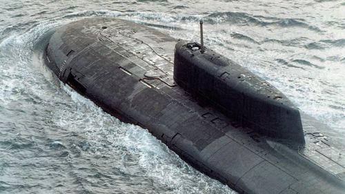 Tàu ngầm hạt nhân Nga nổi gần Alaska, Mỹ choáng váng đau tim