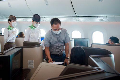 Bamboo Airways tặng quà khách hàng nhân Quốc khánh 2/9