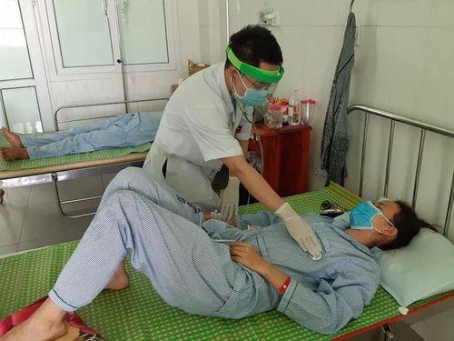 Quảng Nam: 4 người ăn pate Minh Chay, 3 người bị ngộ độc