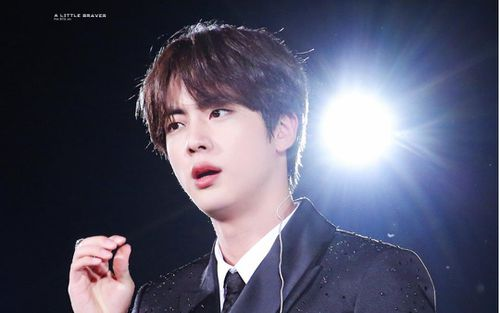 Tranh cãi BTS miễn nghĩa vụ quân sự, Big Hit thông báo Jin hoãn nhập ngũ: Knet nói gì?