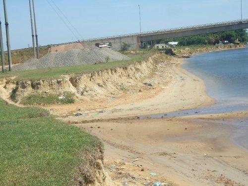 Triệu Phong (Quảng Trị): Nỗi lo sạt lở bờ sông mùa mưa lũ