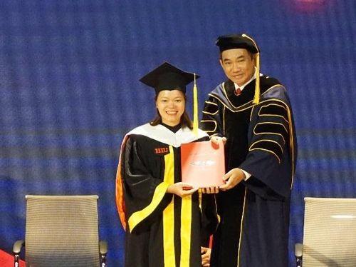 Đại học Quốc tế Hồng Bàng tổ chức lễ tốt nghiệp trực tuyến
