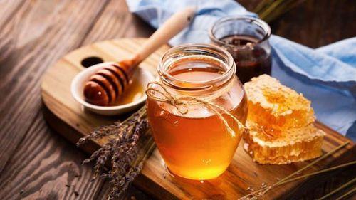Mật ong chứa độc tố có trong pate Minh Chay?