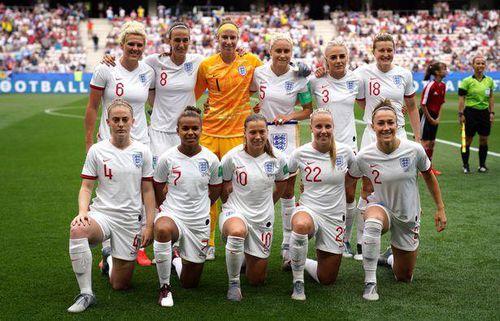 Bóng đá Anh trả thù lao nữ cầu thủ ngang bằng đồng nghiệp nam