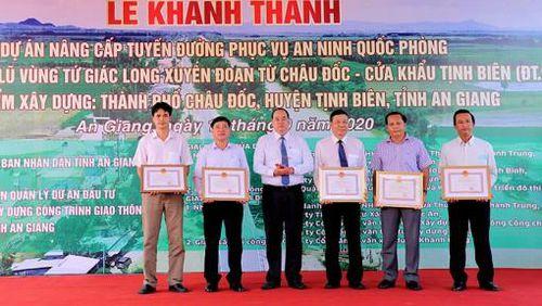An Giang: Khánh thành dự án nâng cấp tỉnh lộ 955A kết hợp đê bao ngăn lũ vùng Tứ giác Long Xuyên