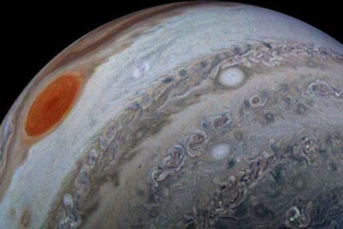 NASA công bố khắc hiếm có, đầy mê hoặc về mây 'siêu lạ' trên sao Mộc