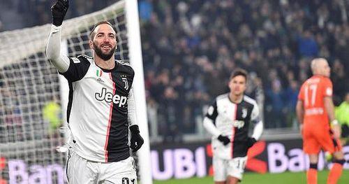 Juventus chia cắt bộ đôi 'sát thủ' Ronaldo và Gonzalo Higuain