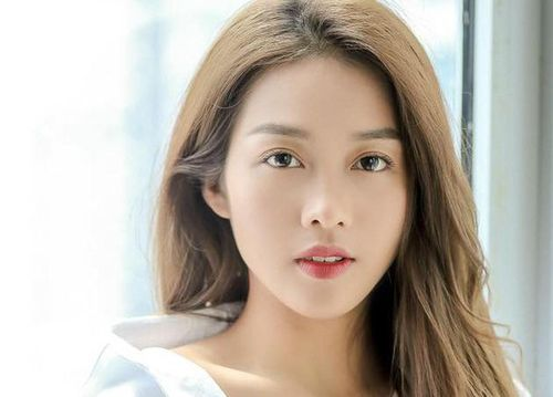 Nhan sắc 4 mỹ nhân Việt lọt '100 gương mặt đẹp nhất thế giới'