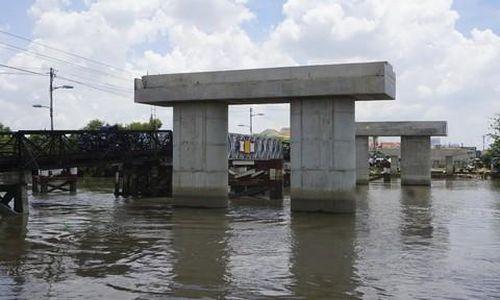 TPHCM: Vì sao nhiều cây cầu trọng điểm 'chết lâm sàng'?