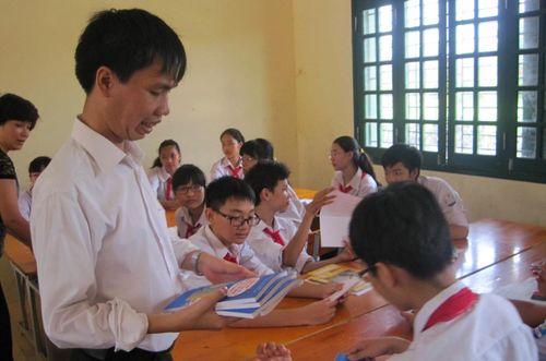 Thầy giáo có nghị lực phi thường được xét tặng danh hiệu ''Công dân Thủ đô ưu tú'' năm 2020