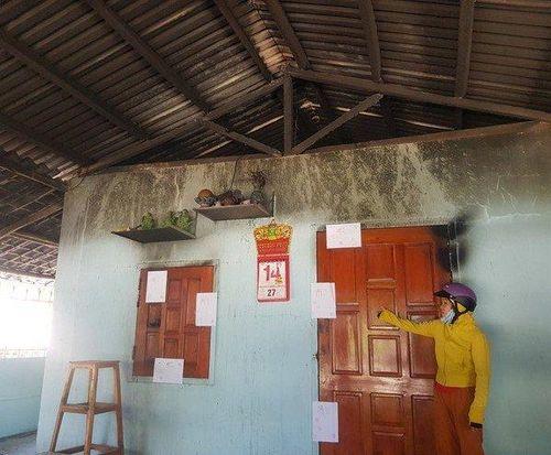 Nghi án phóng hỏa đốt nhà khiến bốn người trong một gia đình bỏng nặng