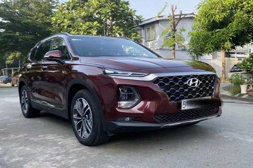 Hyundai SantaFe mới chạy 2.000 km bán 1,2 tỷ ở Sài Gòn