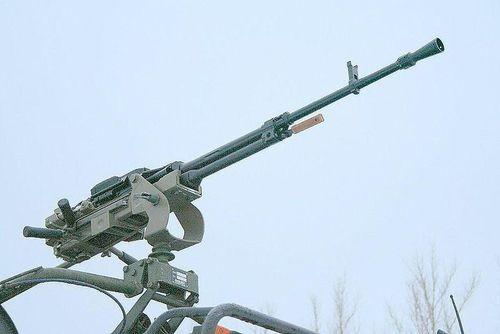Vũ khí phòng không trên xe tăng T-90S Việt Nam có gì đặc biệt?