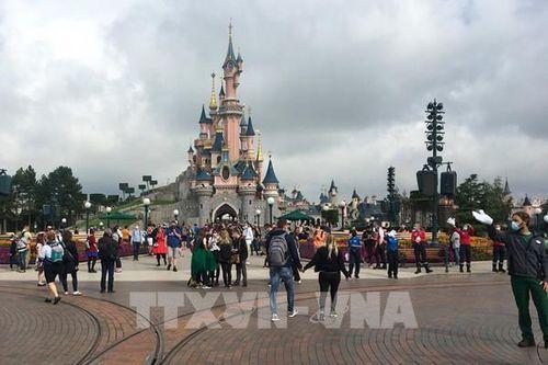 Disney cắt 28.000 việc làm khi 'mảng' công viên giải trí vẫn phải đóng cửa