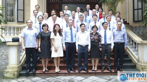 Đoàn Trưởng Cơ quan đại diện Việt Nam ở nước ngoài làm việc tại Bộ Văn hóa, Thể thao và Du lịch