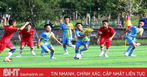 Khởi tranh Giải Bóng đá thiếu niên, nhi đồng toàn tỉnh Hà Tĩnh năm 2020