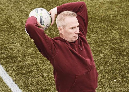 Chuyên gia Đan Mạch giúp Liverpool luyện chiêu ném biên