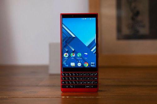 Bảng giá điện thoại BlackBerry tháng 10/2020: Giảm giá 'sập sàn'