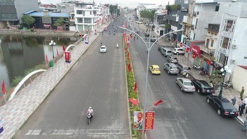 Khẩn trương hoàn thiện Dự án Đầu tư xây dựng trục đường Hồ Sen - Cầu Rào 2