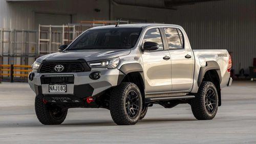Toyota Hilux Mako - đối thủ của Ford Ranger Raptor