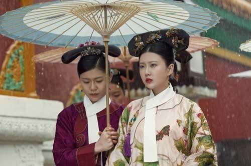 Phi tần người Hán khôn khéo của Hoàng đế Càn Long: Xuất thân thấp kém, không con cái nhưng vẫn có vinh hoa nhờ nuôi dưỡng con trai Lệnh phi