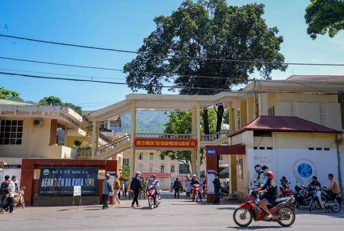 Sơn La: 1 trẻ tử vong, 4 trẻ nhập viện sau tiêm vaccine