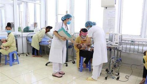 Bộ Y tế thông tin về ca tử vong sau tiêm vắc-xin ComBE Five