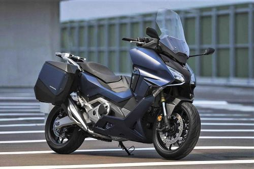Honda Forza 750 được ra mắt