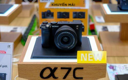 Cận cảnh máy ảnh full-frame Alpha 7C của Sony tại VN: Điểm nhấn ở thiết kế nhỏ gọn