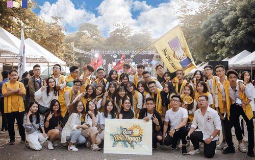 Sinh viên ĐH Kinh tế Quốc dân - viết tiếp hành trình ánh dương