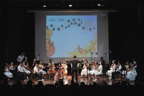Đêm nhạc của các nghệ sĩ nhỏ chung tay ủng hộ đồng bào miền Trung