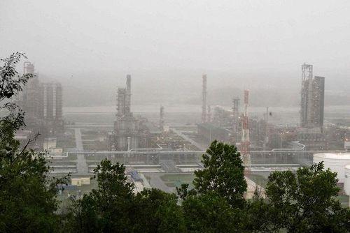 Đơn vị của PVN khắc phục ngay hậu quả của bão số 9, sẵn sàng sản xuất trở lại