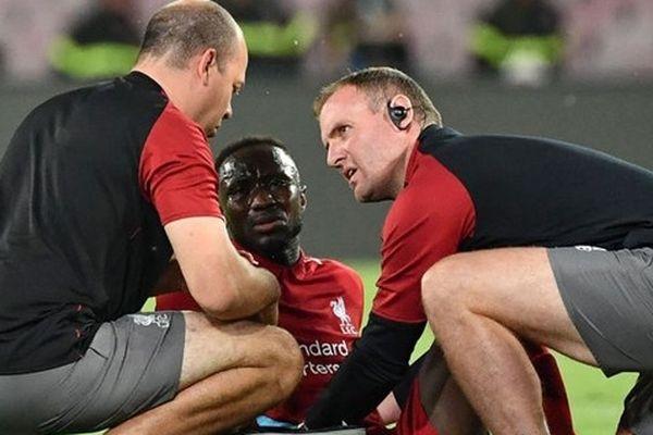 Thua trận, Liverpool còn gặp tổn thất lớn trước đại chiến với Man City