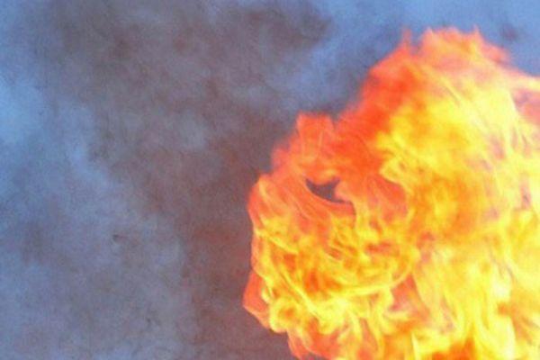 Nổ gây cháy lớn tại nhà máy lọc dầu ở Canada
