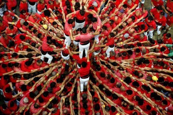 Độc đáo lễ hội tháp người tại Tây Ban Nha