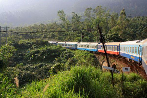 Chiêm ngưỡng 10 tuyến đường sắt độc đáo nhất thế giới
