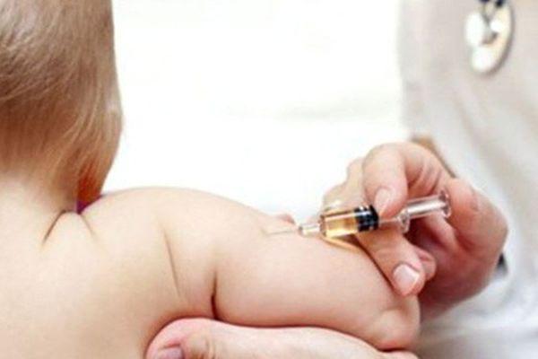 Bé gái 6 tháng tuổi tử vong bất thường sau khi tiêm thuốc tại nhà bác sĩ