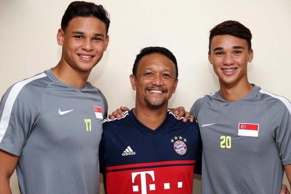 Anh em và cha con ở AFF Cup