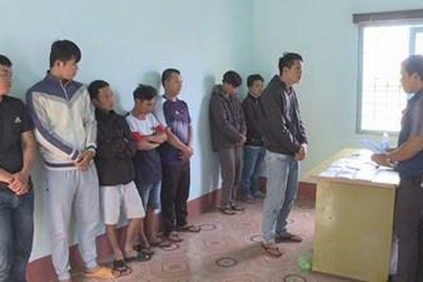 Đắk Lắk: Tạm giữ 8 đối tượng tham gia đường dây cá độ bóng đá 40 tỷ đồng