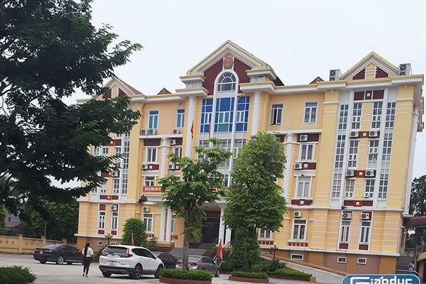 Huyện Hậu Lộc sửa sai, giáo viên bị 'đánh úp' được quay về trường cũ