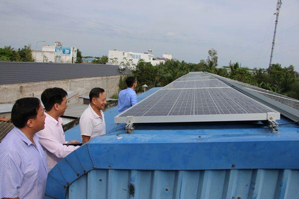 Mô hình điện mặt trời trên mái nhà hòa lưới điện công cộng