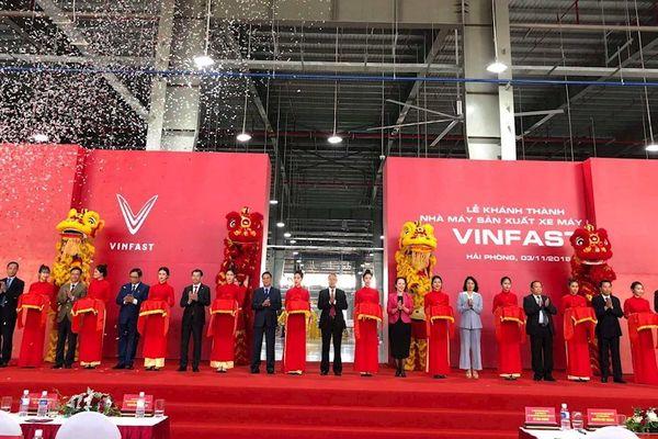 VinFast khánh thành nhà máy, chính thức ra mắt hai mẫu xe điện đầu tiên mang tên Klara