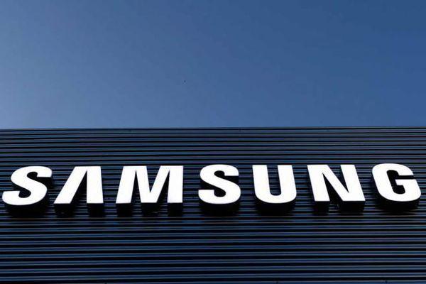 Samsung chuẩn bị ra mắt dòng Galaxy R giá rẻ cạnh tranh iPhone XR