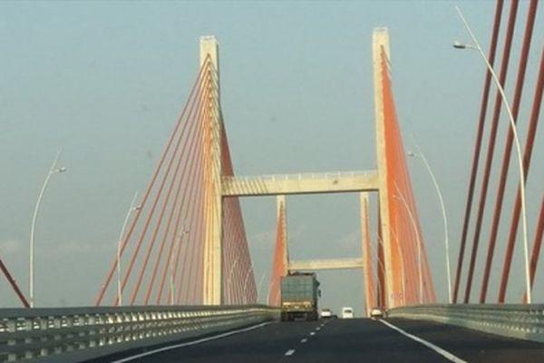 Sự cố võng, bồng bềnh trên cầu Bạch Đằng: 'Nằm trong kế hoạch' của chủ đầu tư?
