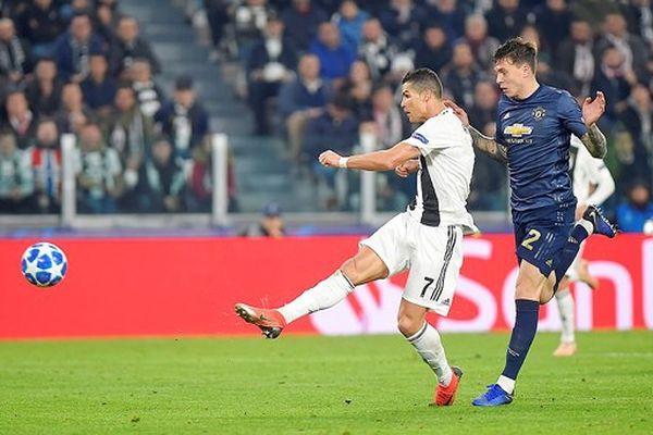 Man.United ngược dòng ngoạn mục hạ Juventus, Man.City và Real Madrid thắng đậm