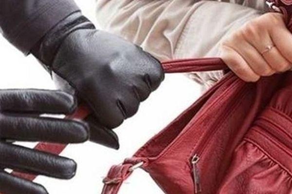 Nghiện game, sàm sỡ phụ nữ đi đường rồi dùng dao cướp tài sản