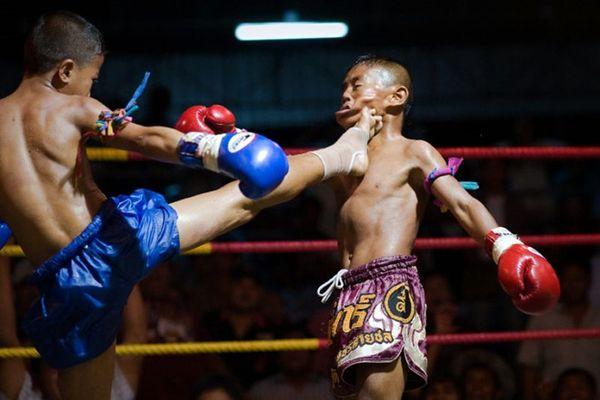 Võ sĩ Muay Thái 13 tuổi qua đời trên sàn đấu vì quyết định của trọng tài