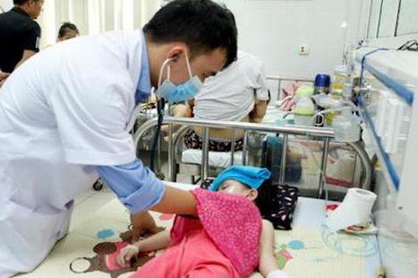Vụ ngộ độc thực phẩm ở Đông Anh: Đã tăng lên 225 trường hợp