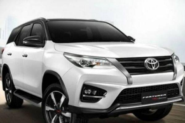 Toyota Fortuner TRD Sportivo dự báo 'gây bão' bởi những tính năng đầy bất ngờ